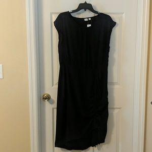 GAP True Black Dress with drawstring rouging